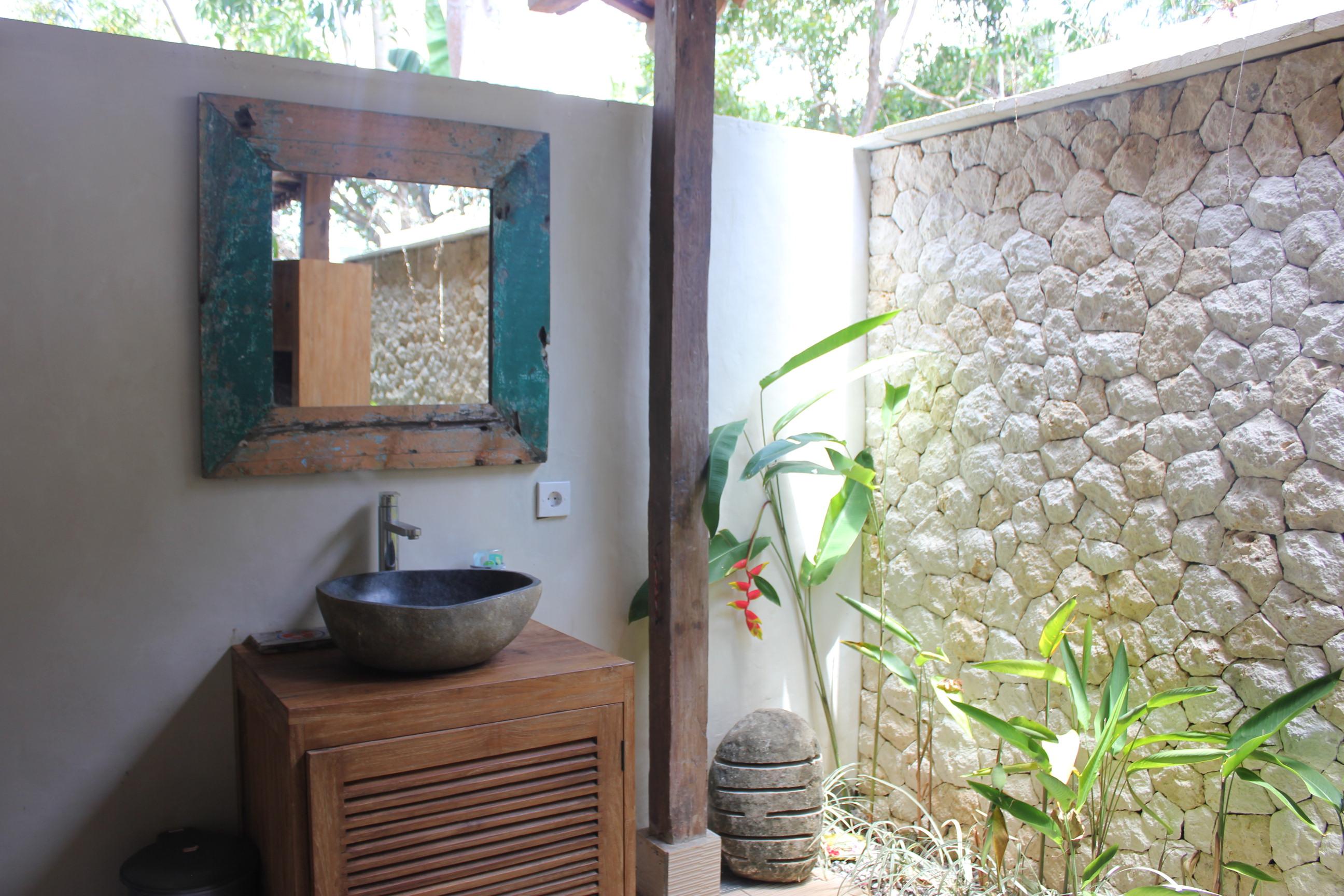 Simplicité et Tradition à Pecatu
