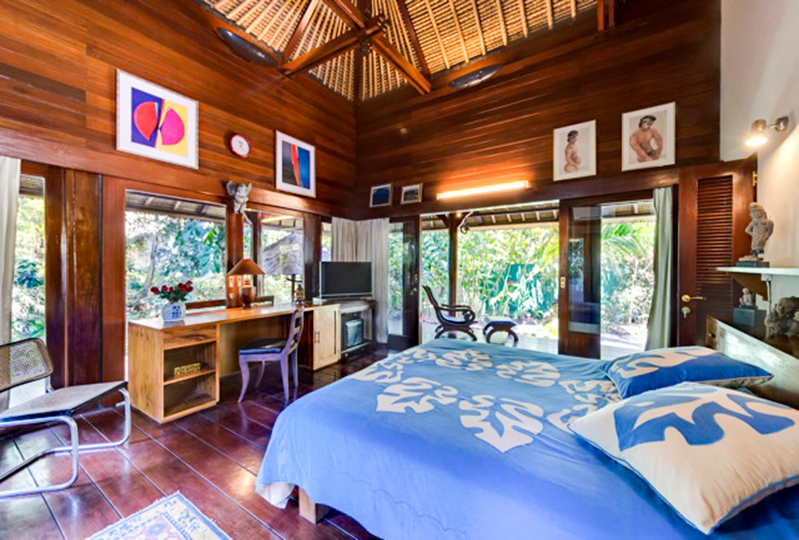 Spacious Freehold Villa River Side For Sale in Batubelig