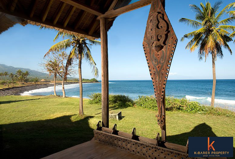 Stunning Beachfront Villa for sale in Candi Dasa