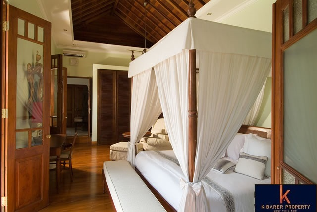 Freehold Neo Colonial Style River View Property For Sale In Canggu