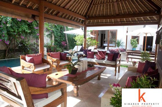 Great lokasi Villa Dijual di Batu Belig
