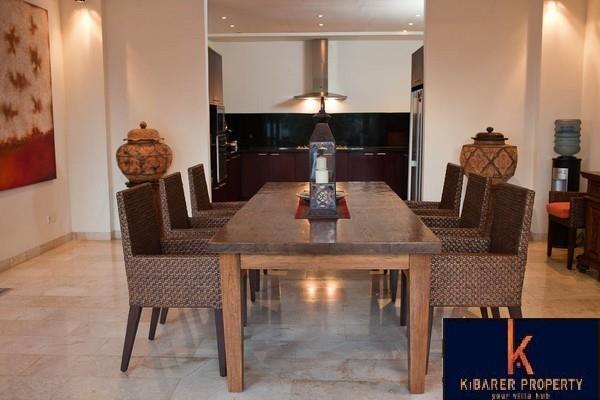 Menakjubkan 4 Kamar Tidur Hill Top Freehold Real Estate Dijual di Jimbaran