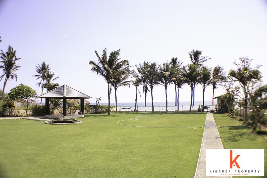 Beachfront Mewah Villa Dijual di Tabanan