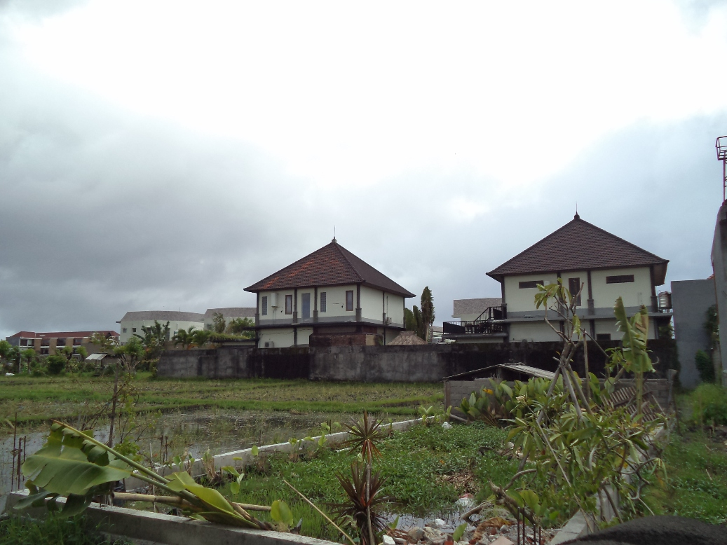 Nice land Bakung Sari 27 are - Seminyak