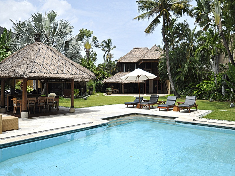 Freehold Real Estate for sale in Seminyak