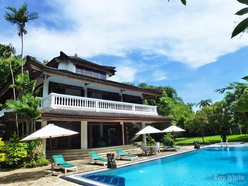 4 Kamar Tidur Majest Leasehold Real Estate Dijual Di Kerobokan