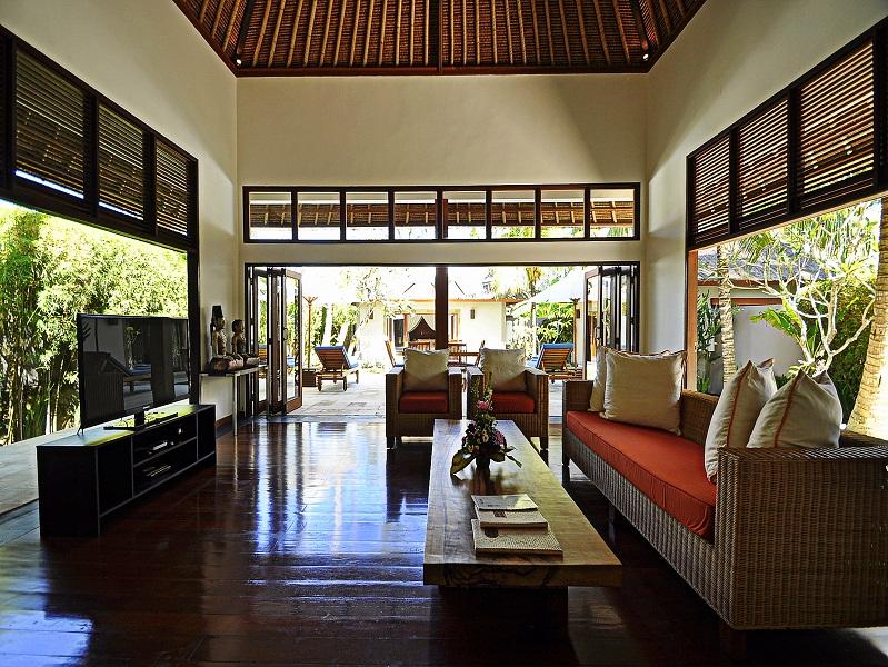 Grande complexe de villas à vendre à Candi Dasa