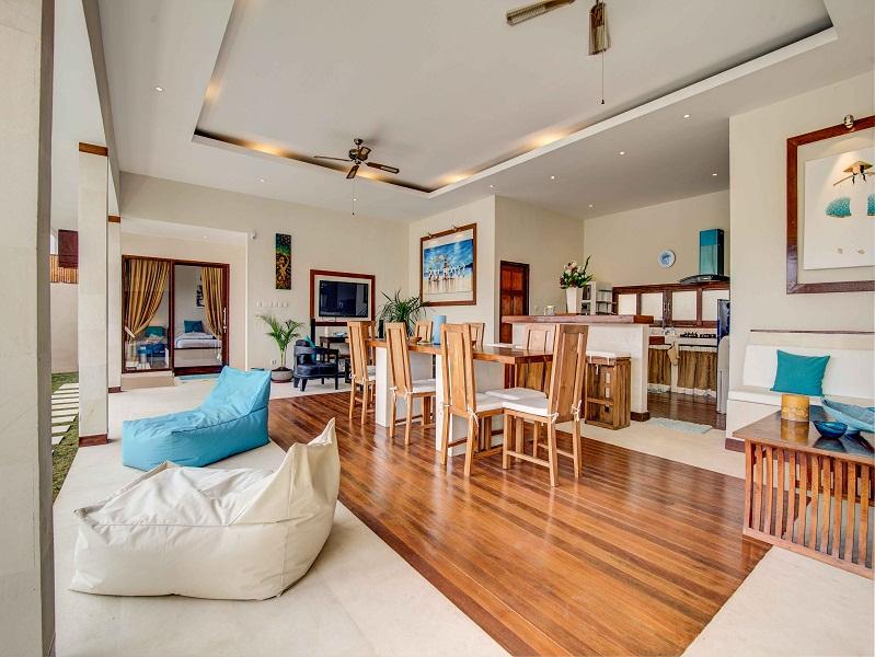 Under market price leasehold villa for sale in Seminyak