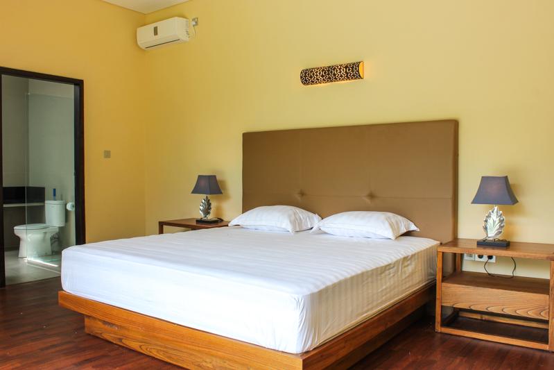 Indah Minimalis Freehold Villa Dijual di Balangan