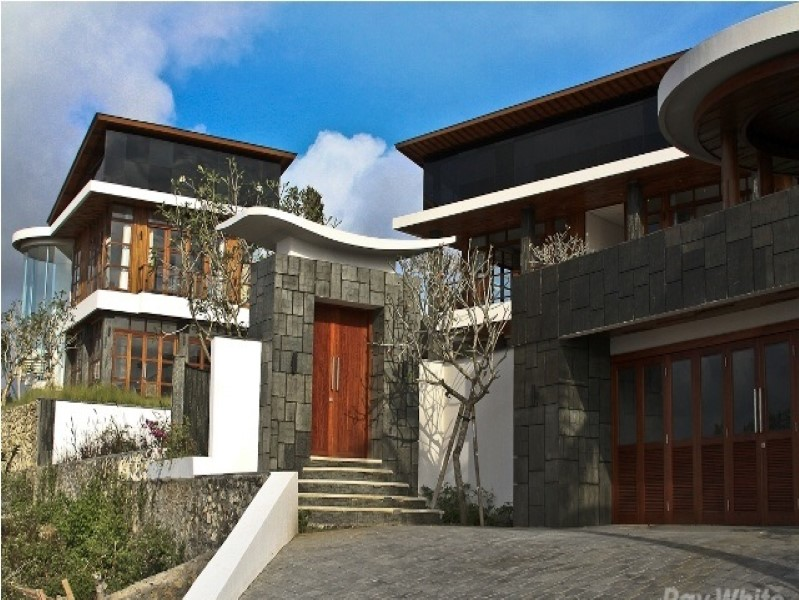 Stunning 4 Bedrooms Freehold Real Esate With Amazing Views For Sale In Bukit