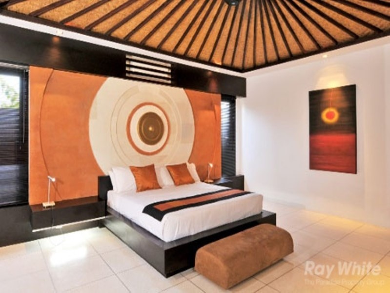 Luxury 5 Bedrooms Freehold Real Estate for Sale In Seminyak