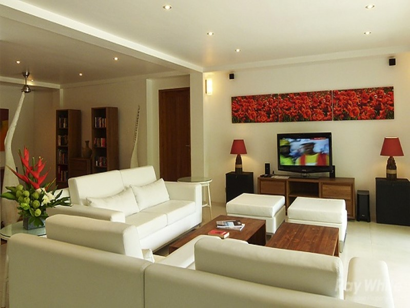 Stunning Modern Contemporary 4 Bedrooms Freehold Multilevel Freehold Real Estate For Sale in Canggu