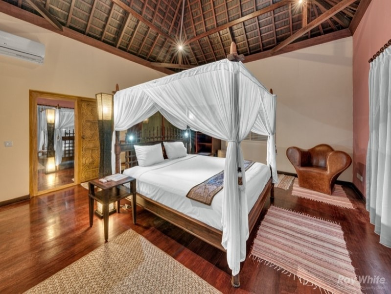 Luxury Boutique Leasehold 7 Bedroom Hotel For Sale In Canggu