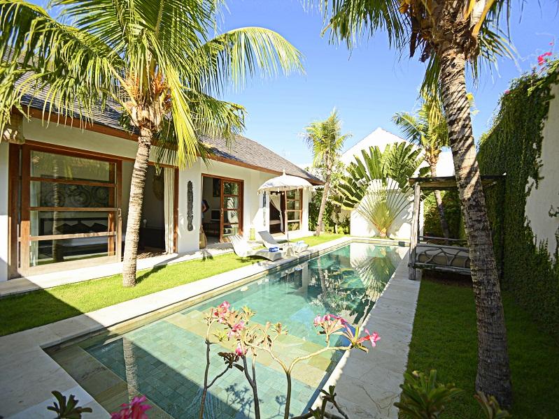Beautiful leasehold villa for sale near the Ocean