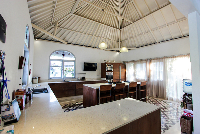 Freehold Villa With Spacious Land for Sale in Umalas