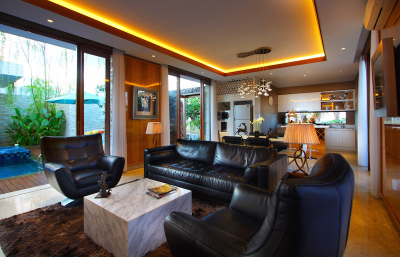 Stunningly Luxurious 3 Bedrooms Freehold Real Estate For Sale in Nusa Dua