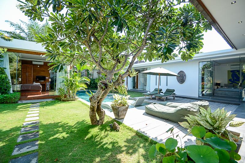 Great lokasi villa cantik dijual di Seminyak