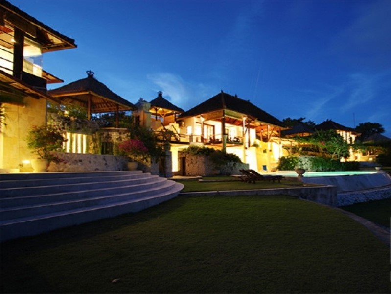 Heavenly Freehold Real Estate Complex For Sale in Nusa Dua