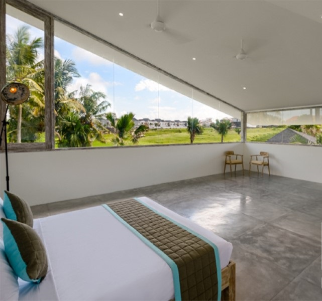 Beachside 4 Bedrooms Designer Leasehold Real Estate For Sale in Berawa