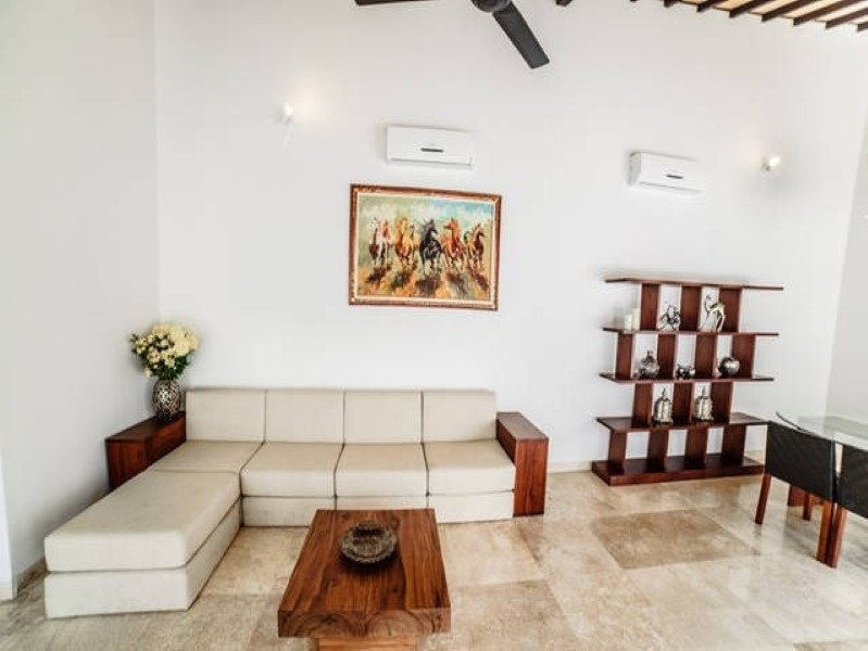 3 Bedrooms Contemporary Leasehold Real Estate For Sale in Sanur