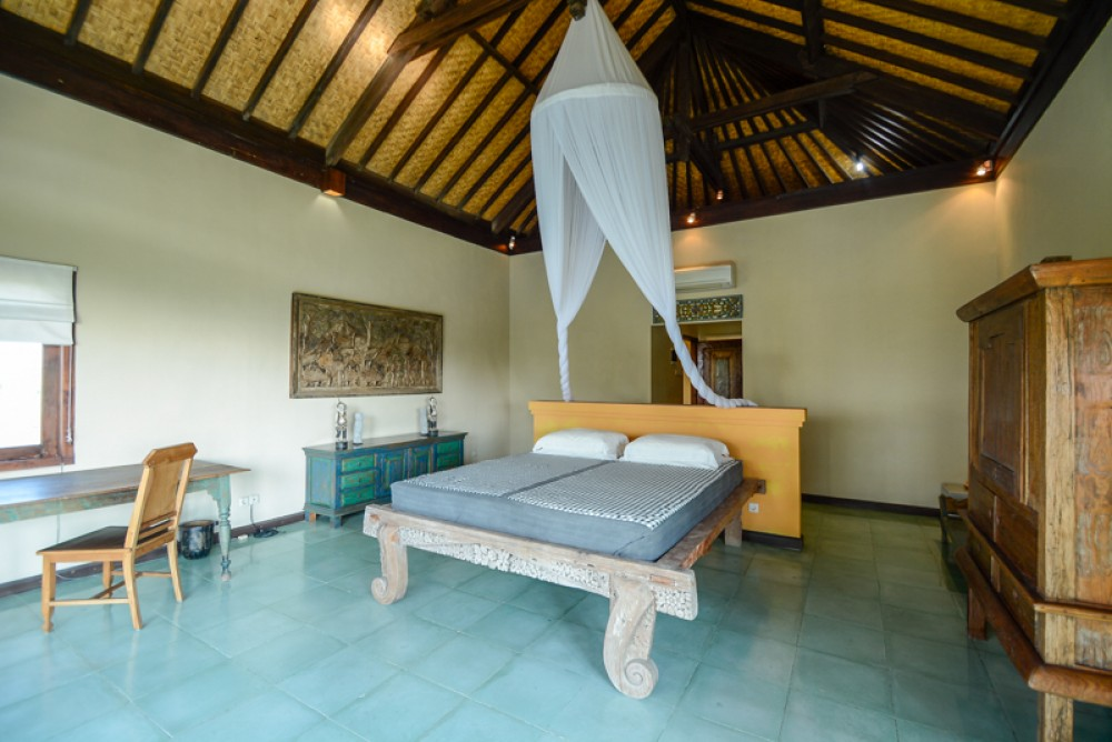 Tropical two bedrooms villa for sale in Ungasan