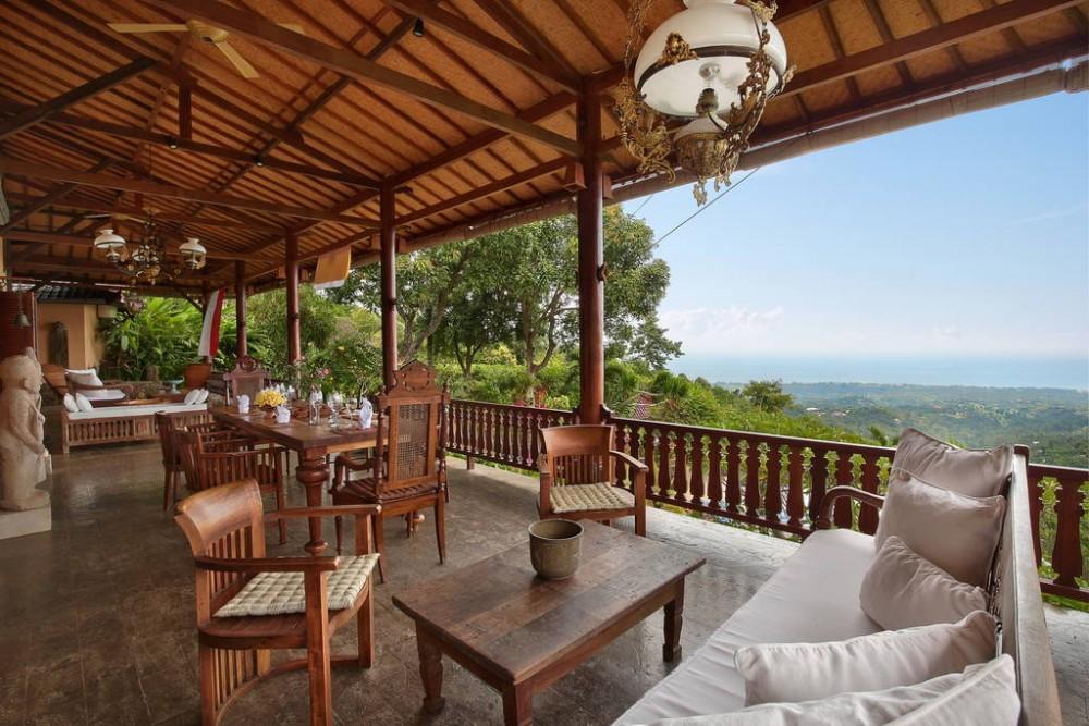 Villa Patria- Entire Estate