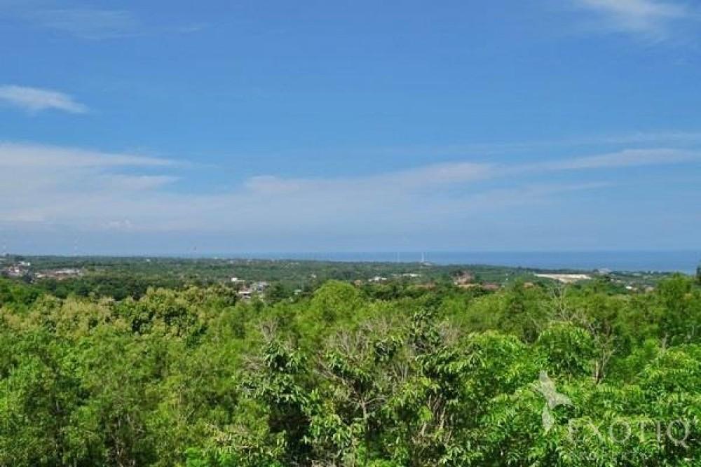 Land With Fantastic Views in Ungasan Bukit