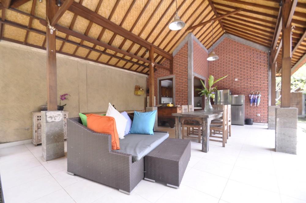 5 Bedrooms family villa