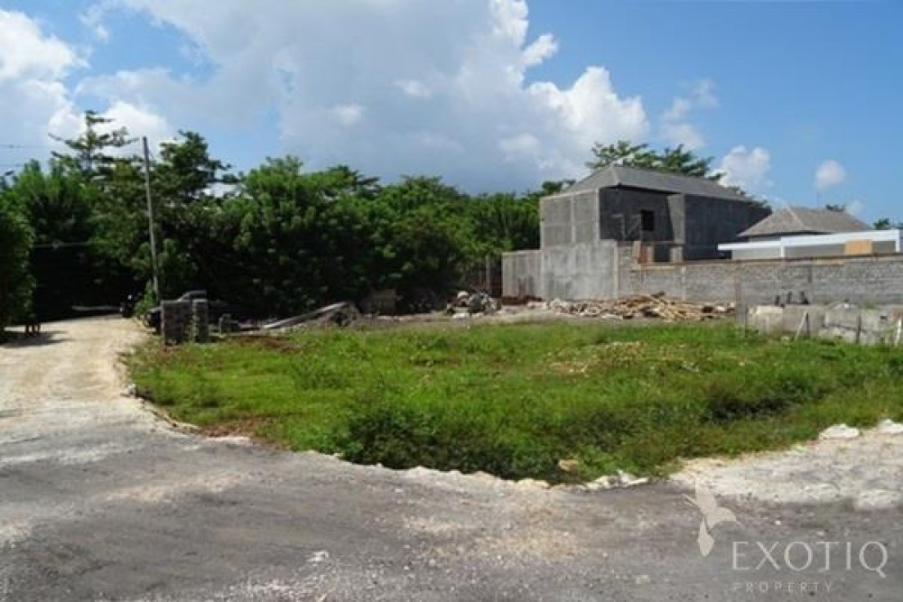 Leasehold Land Near Bingin Beach In Bukit