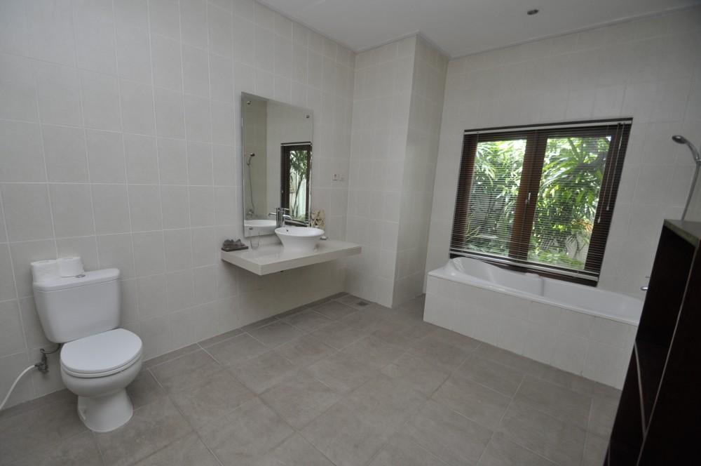 Peacefull living villa in Penestenan Ubud