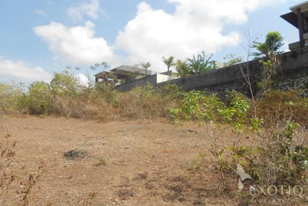 Freehold Land in A beach neighborhood of Jimbaran