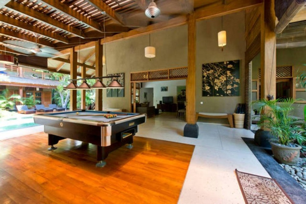 Fancy 4 Bedrooms Private Villa Seminyak