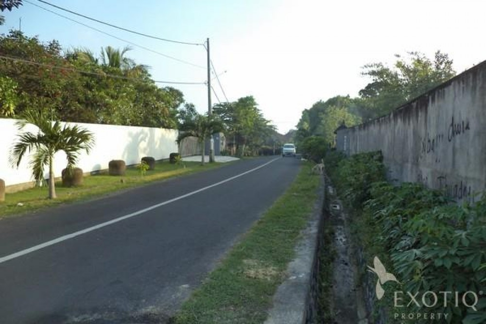 6.75 Are Peaceful Countryside Freehold Land in Canggu