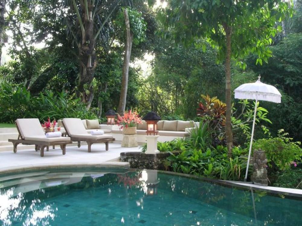 Large Luxury Villa Accommodation