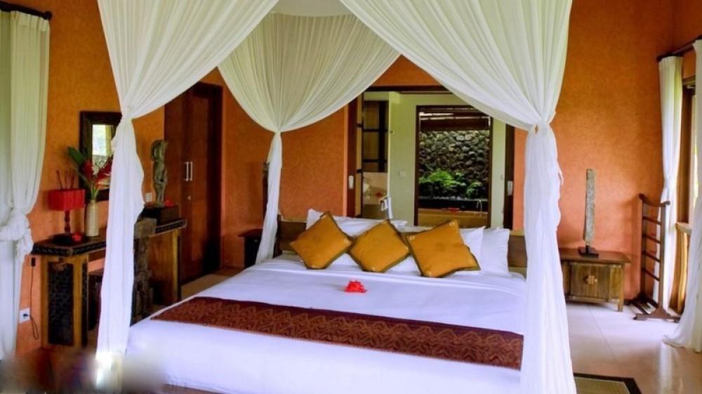 MAGNIFICENT 5 BEDROOM FREEHOLD VILLA RESORT FOR SALE IN UBUD