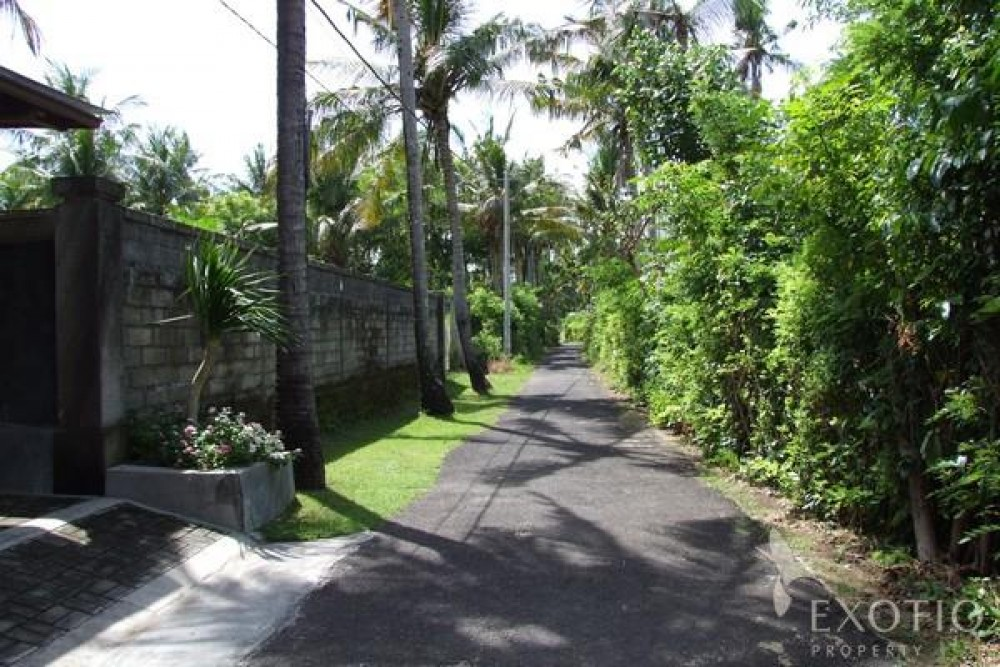 Great Beachfront Freehold Land in Nusa Dua