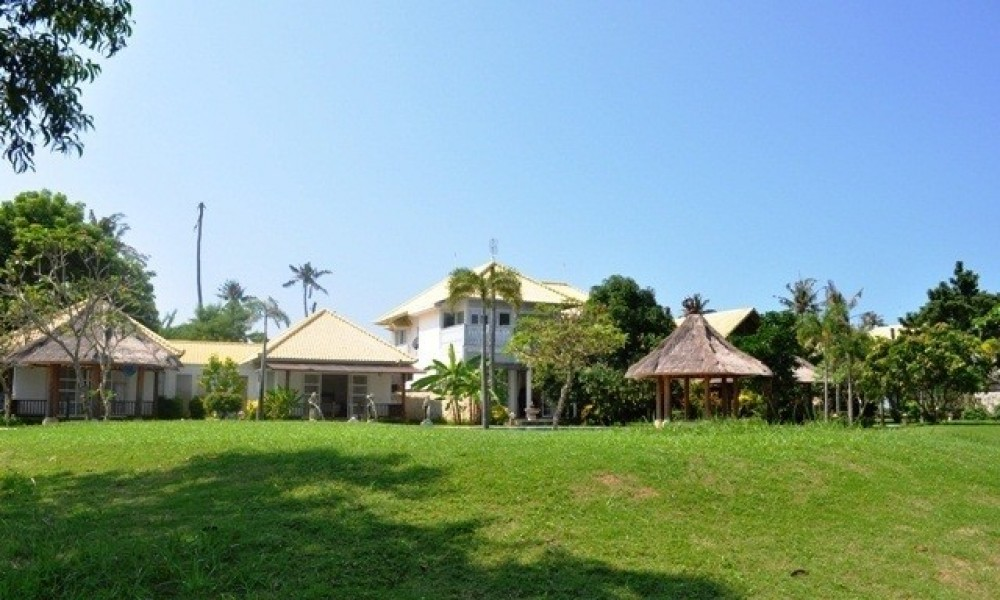 Beautiful Freehold Beachfront Land in Tanjung Benoa Nusa Dua