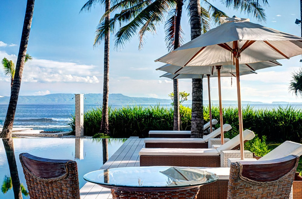 Beach front Gita Segara 4BR Villa