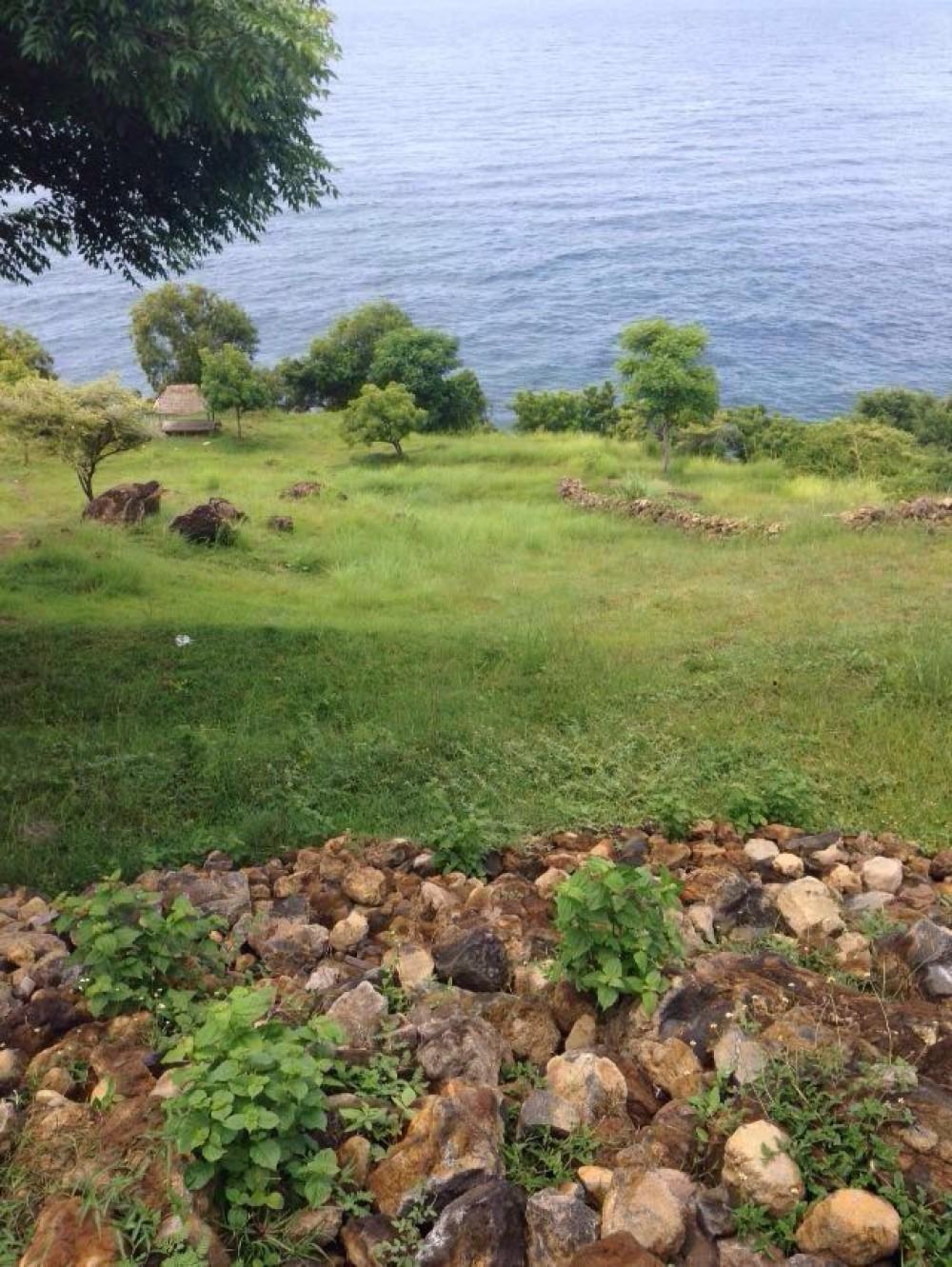 Great Land in Karangasem beachfront
