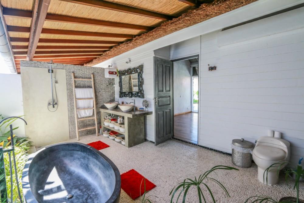 Beautiful three bedrooms villa for sale in Kerobokan