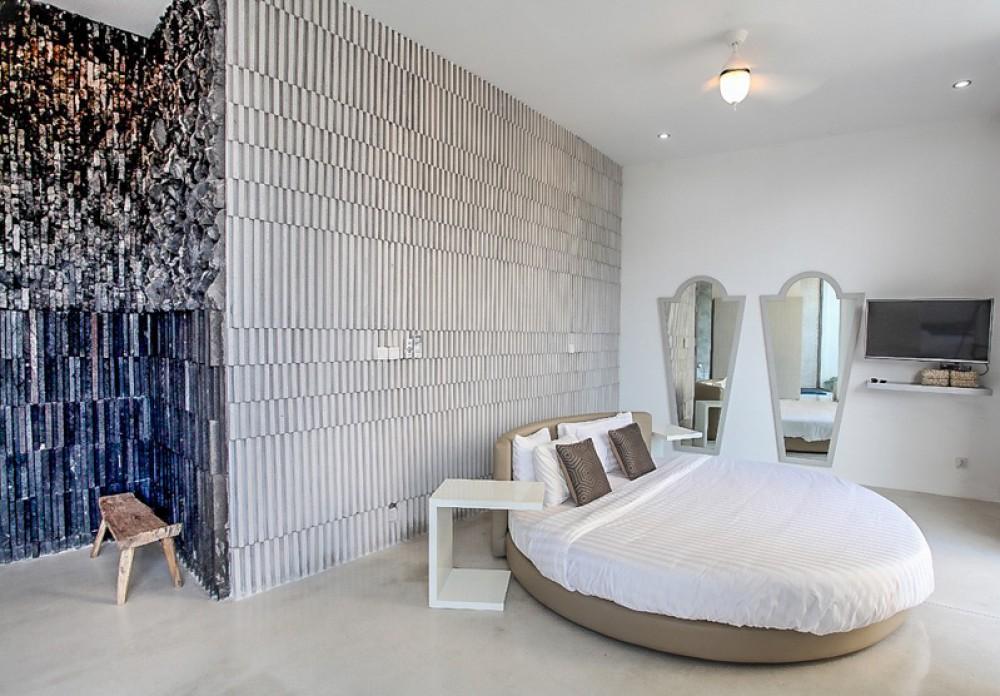 Menakjubkan villa freehold lima kamar dijual di Pecatu
