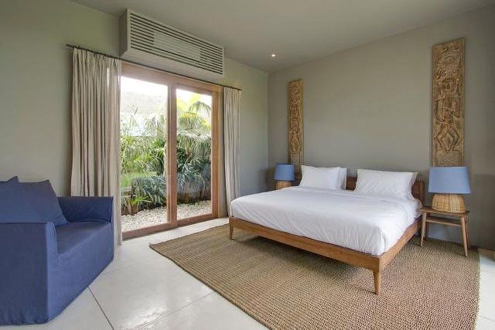luxury 5 bedroom villa in canggu