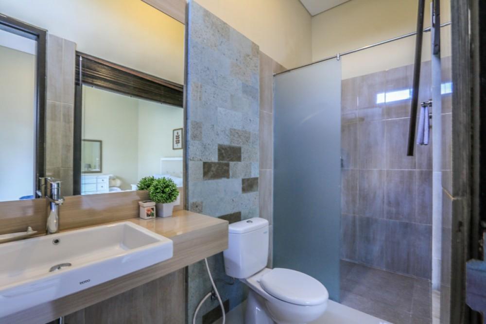 Privé et moderne villa neuve à vendre à Nusa Dua