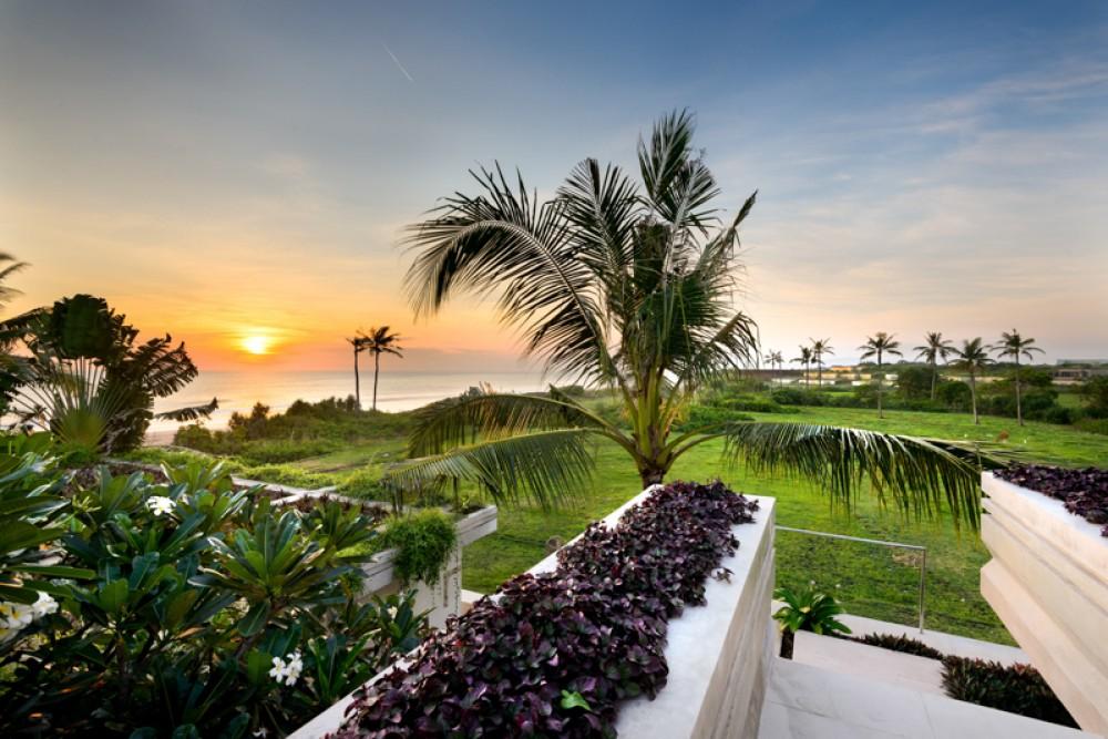 Menakjubkan pantai villa dijual di Tanah Lot