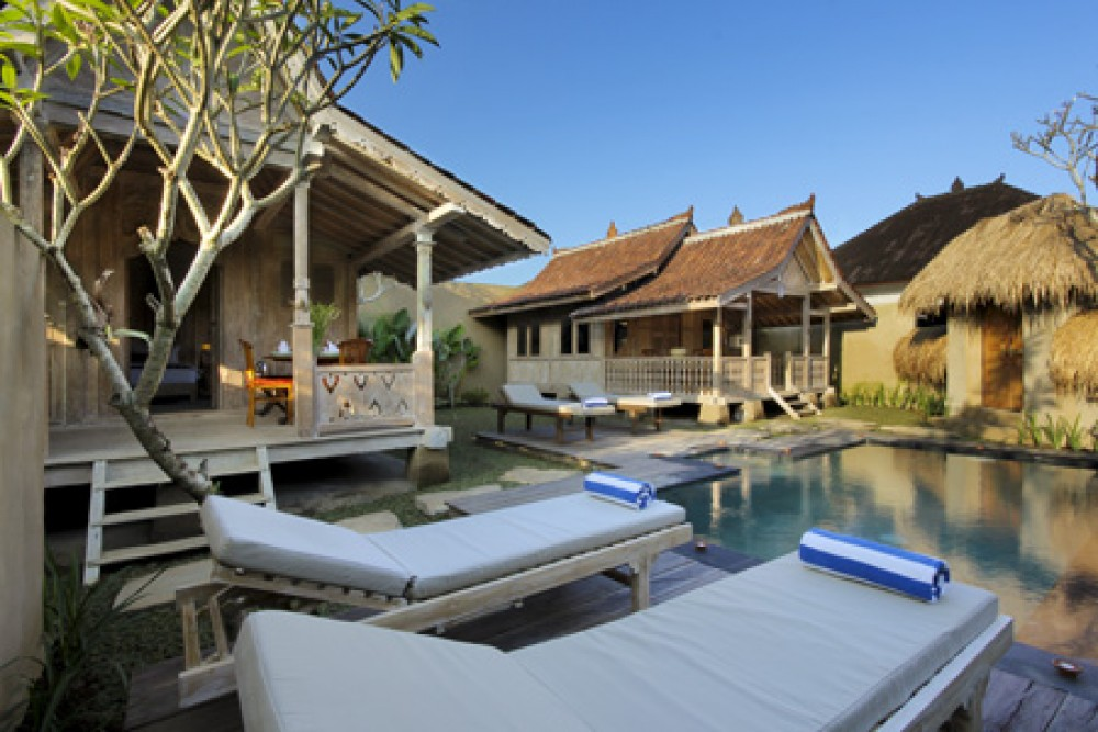 BEAUTIFUL TWO BEDROOMS WALKING DISTANCE TO UBUD PALACE