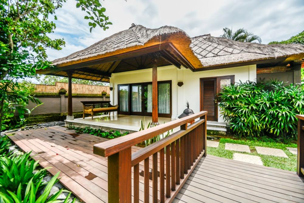 Luxurious spacious villa for sale in Pererenan