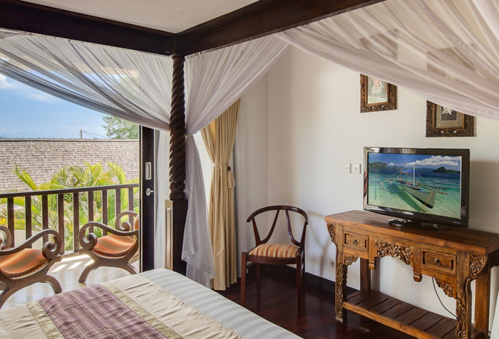 Stunning 3 bedrooms freehold villa for sale with ocean view in Tanjung Benoa