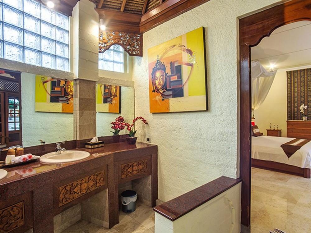 beautiful traditional style villa for living in babakan canggu
