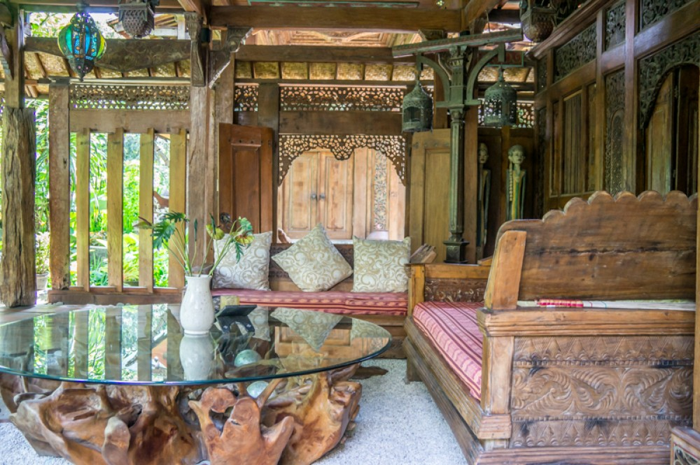 Traditional Javanese style villa for sale in Kerobokan
