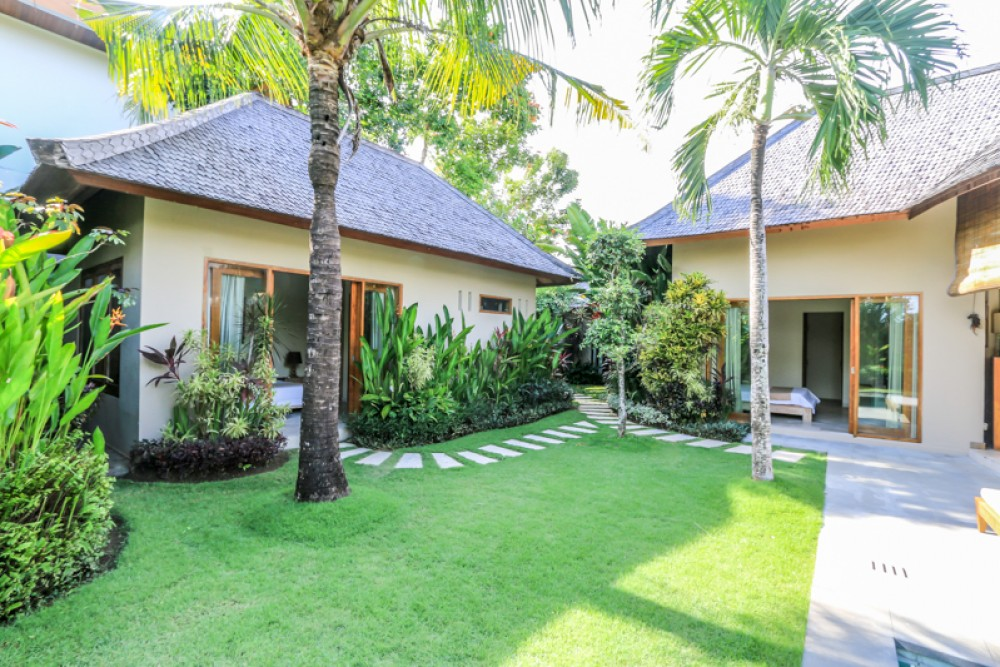 Best location traditional style villa for sale in Umalas